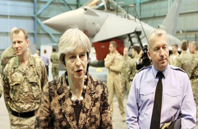 İngiltere Başbakanı, Kıbrıs İngiliz üssündeydi