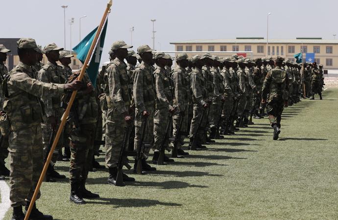 'Türkiye Somali Ordusunu Silahlandırıyor'