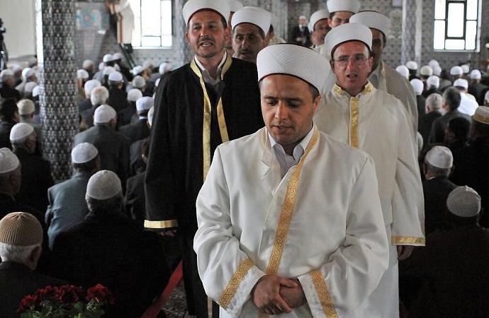 Yunanistan 'İslam mahkemeleri'ne kısıtlama getiriyor