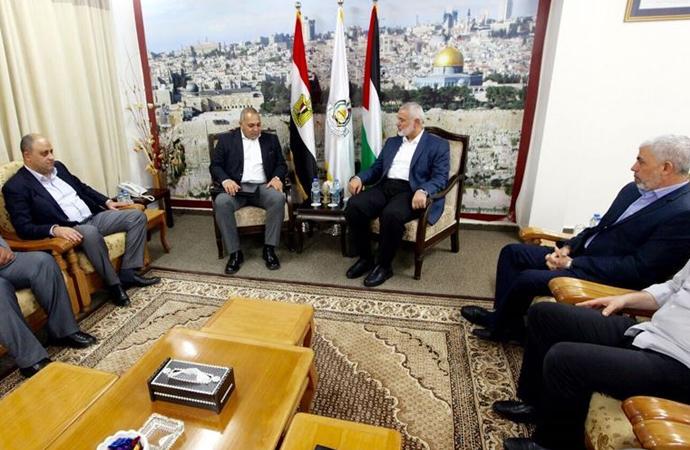 Hamas heyeti Kahire'de Mısır İstihbarat yetkilileriyle görüşmelere başladı 