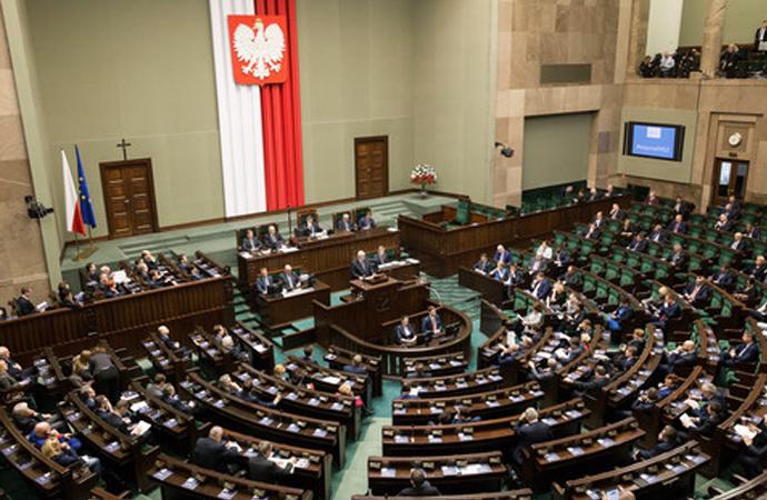 Polonya'da kabul edilen yeni yasa İsrail'i kızdırdı!