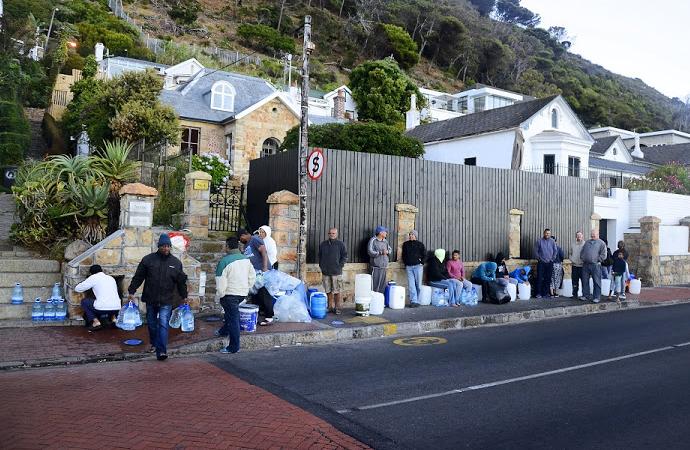 4 milyon nüfuslu Cape Town'da su tükenmek üzere