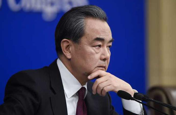 Çinli bakan Tacikistan, Özbekistan ve Kazakistan Dışişleri bakanları ile görüştü