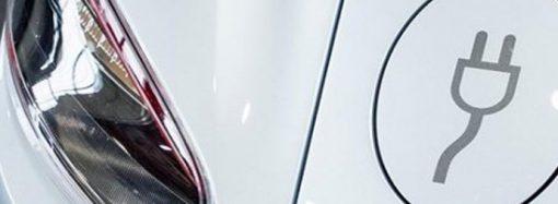 """Tesla, Çin'de """"Giga-fabrika"""" kuruyor"""