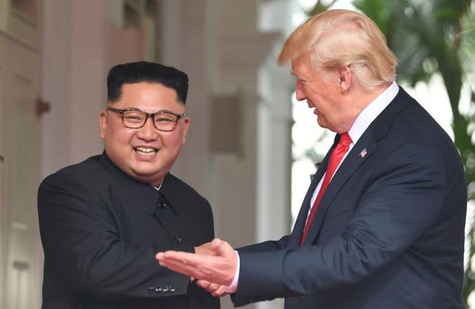 Trump-Kim buluşması gerçekleşti
