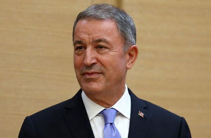 Savunma Bakanı Akar'dan dikkat çeken paylaşım