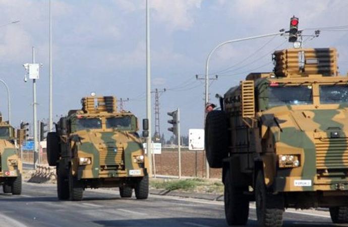 Türkiye'den İdlib sınırına askeri sevkiyat