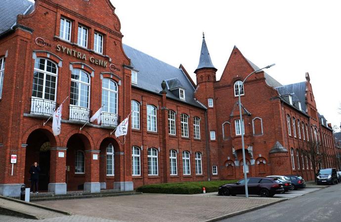 """Belçika'da """"İslami okul"""" tartışması"""