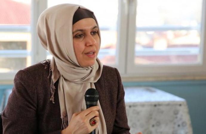 'Güçlü Kadın Güçlü Türkiye' sloganı üzerine