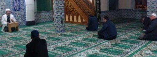 """""""Erkeklerimiz de camiye gelebilmeli"""""""