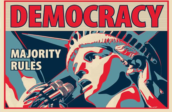 """""""Demokrasi, Müslümanlara dayatılan büyülü bir din!"""""""