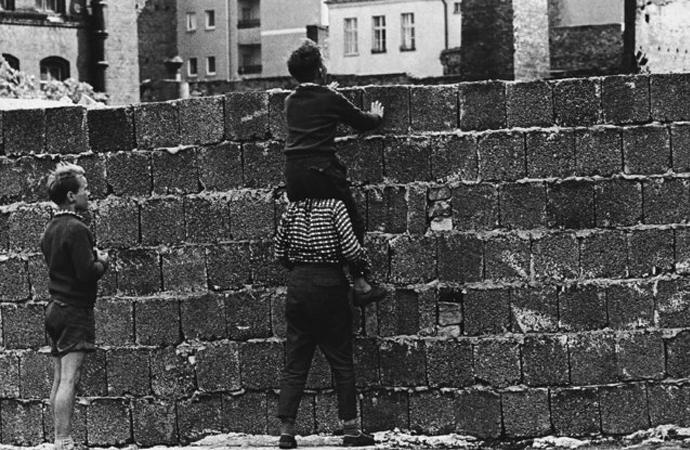 Berlin Duvarı'nın hikayesi