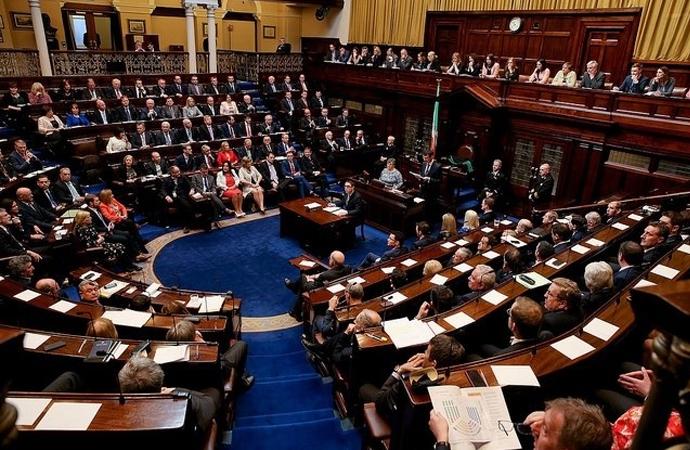 İrlanda parlamentosu 'Kürtaj' yasağını kaldırdı