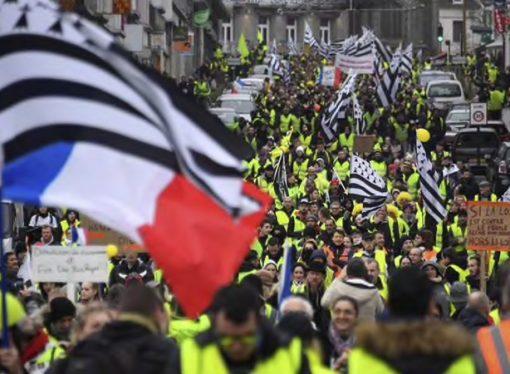 Macron'dan Fransızlara yeni teklifler