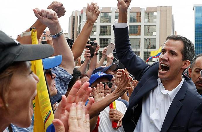 Venezuela'da dengeler değişir mi?
