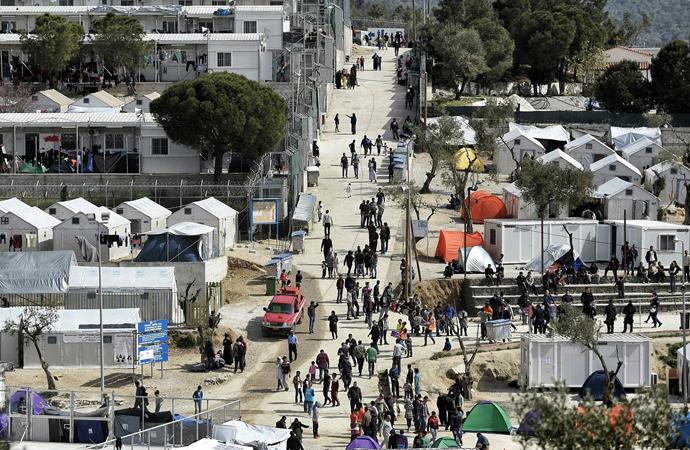Yunanistan'ın mültecilere karşı uygulamalarına kınama