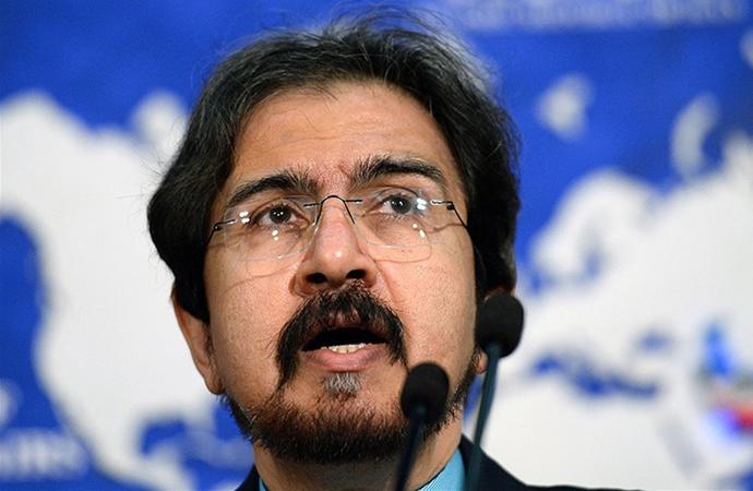 İran İngiltere'yi iç işlerine karışmakla suçladı
