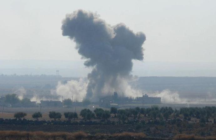 ABD öncülüğündeki koalisyon Suriye'de rejim güçlerini vurdu