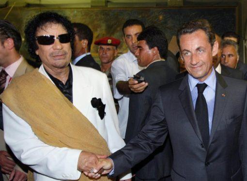 Kaddafi'den Sarkozy'e 'para yardımı' iddiası