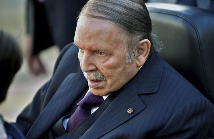 5 soruda Cezayir'de seçimlerin ertelenmesi