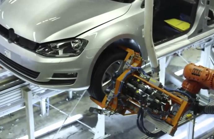 Alman otomobil devi 5 ila 7 bin kişi işten çıkaracak