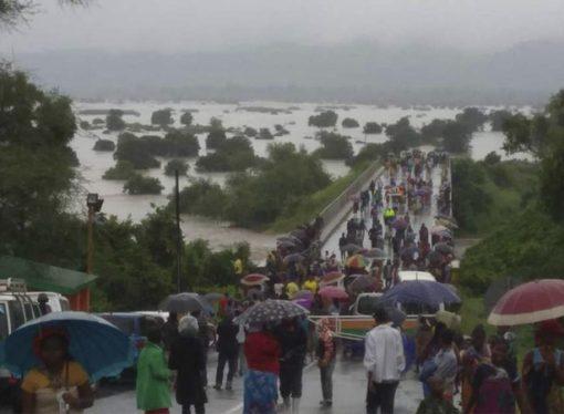 Kızılay, Mozambik'teki afet bölgesine 15 ton yardım gönderdi