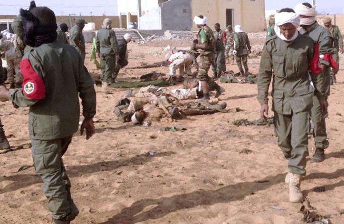 Mali'de bir köyde silahlı katliam