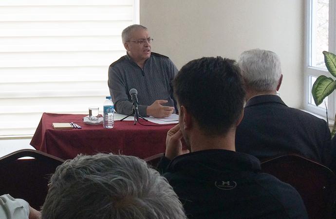 Prof.Dr. Yalçınkaya: 'Konuşurken biraz temkinli olmak lazım'