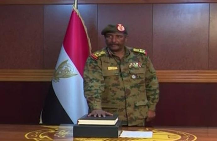 Sudan'da ordu Konsey'e yeni başkan atadı