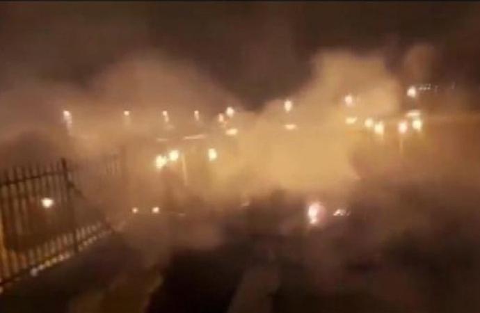 Fransa'daki yangın sürerkenMescid-i Aksa'da yangın