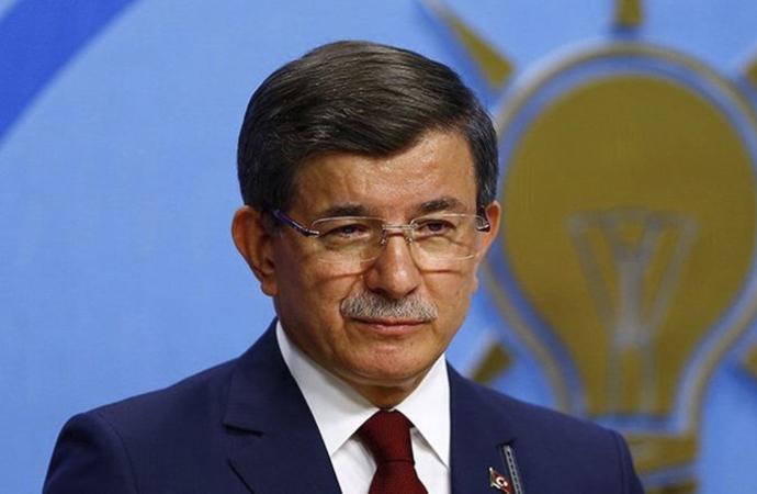 """""""Davutoğlu yeni parti için sahaya iniyor"""" kulis haberi"""