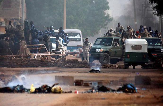 Sudan'da küresel çekişme yükseliyor