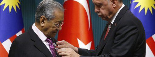 Malezya Başbakanına Cumhuriyet nişanı