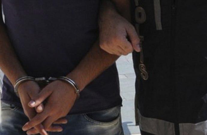 Eski 2 üsteğmen ve bir polis müdürü Yunanistan'a kaçarken yakalandı