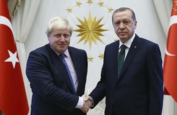 İngiltere Başbakanı Johnson'a tebrik telefonu