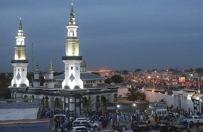 İslam şehri Tuba'da, sigara ve alkole yer yok