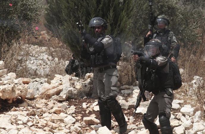 İsrail askerleri Filistinlileri şehit etti