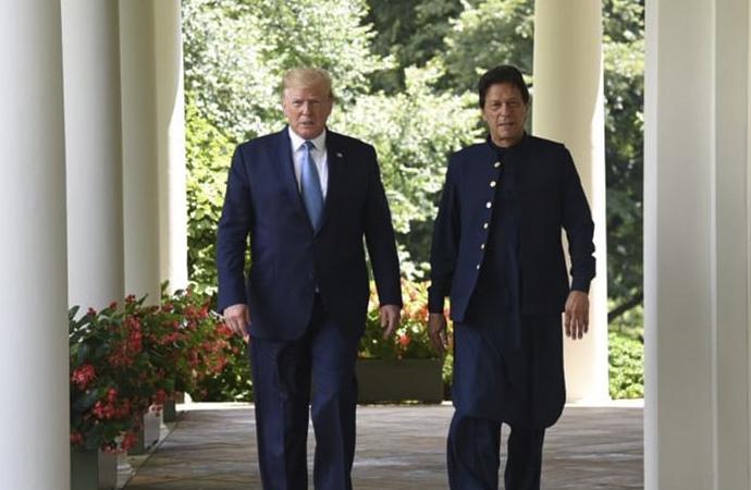 ABD'den Pakistan'a 'Sürekli irtibatta kalalım' telefonu