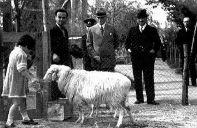 Atatürk'ün 'Bayram tebrikleri' hakkındaki kararı