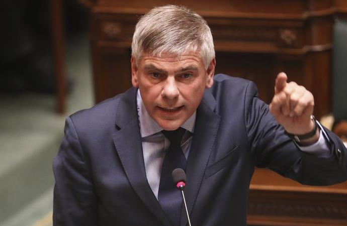 Belçikalı siyasetçiden kışkırtma: 'İslam işgali bitmeli'