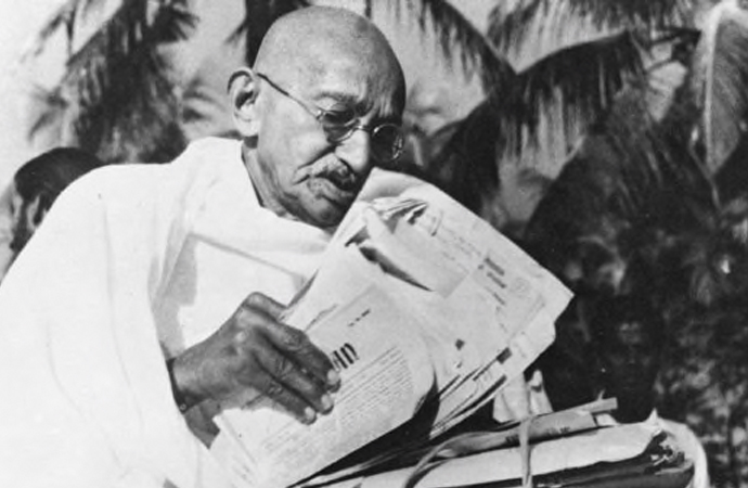 Pasif direnişin sembol ismi Mahatma Gandi