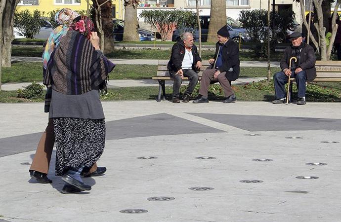 Türkiye'nin yaşlı nüfusu ilk kez yüzde 10'u aştı