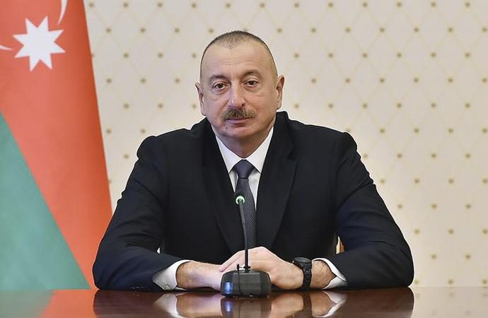 Aliyev parlamentoyu feshetti, erken seçime gidiyor