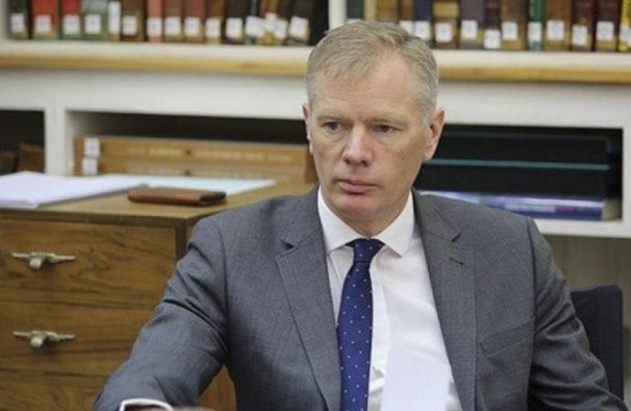 İngiltere büyükelçisine provokatörlükten gözaltı