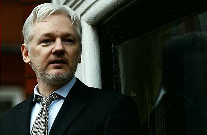 ABD'nin kirli geçmişini ortaya çıkaran Assange'ı, ABD istiyor!