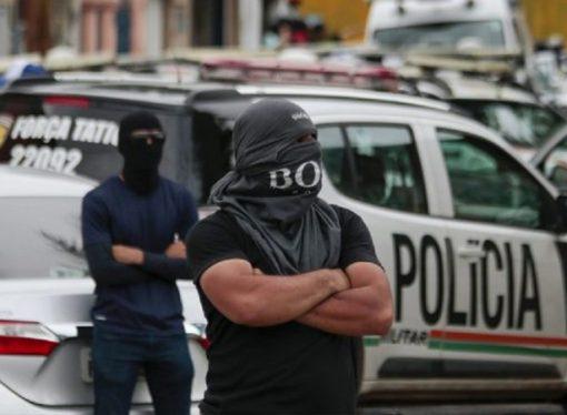 Polisler greve gitti, 147 cinayet işlendi