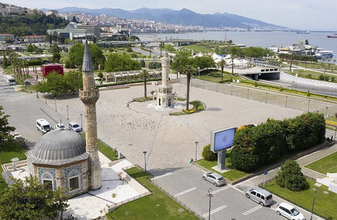 """İzmir'de """"merkezi ezan sistemi"""" devre dışı bırakıldı"""