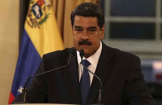 AB'nin Venezuelalı 11 kişiye yaptırım kararına Maduro'dan yanıt