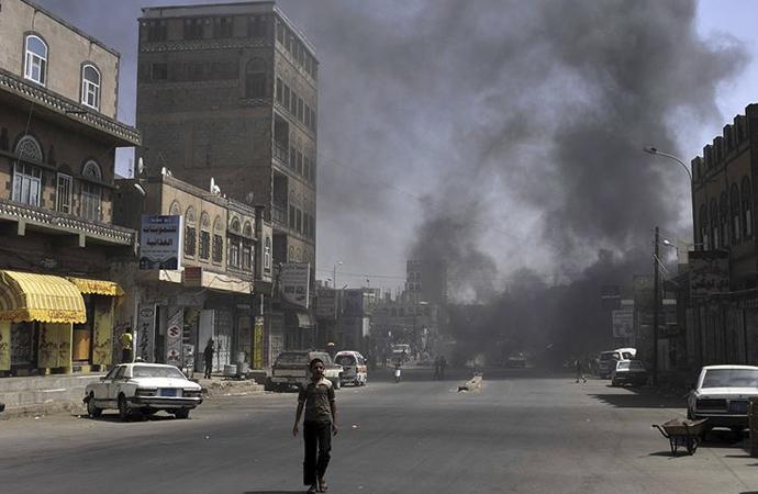 Yemenli Bakan: BAE isyancıları destekliyor