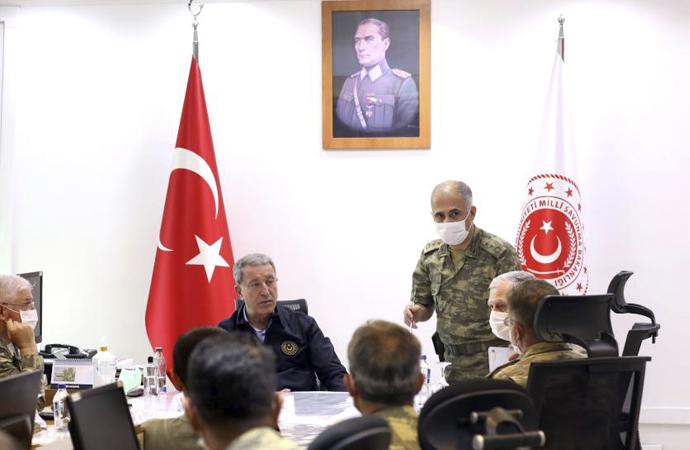 Bakan Akar'dan Pençe Operasyonlarına ilişkin açıklama